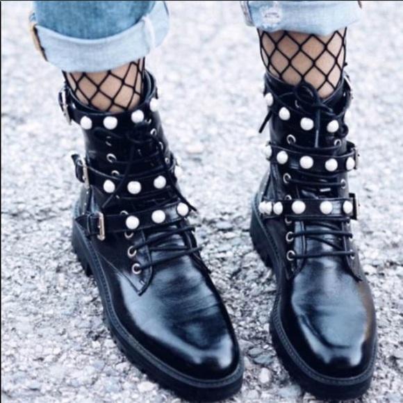 Zara Shoes | Zara Pearl Black Combat